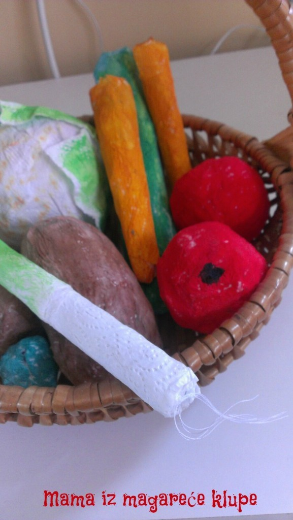 povrće i voće od papira