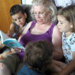 Motivišite babe i dede da čitaju unucima
